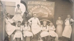 The Edmonds baking powder business in 1906. Thomas Edmonds stands in the centre of the image.